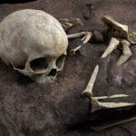 Grijă și delicatețe – Ce ne spune înmormântarea unui copil despre oamenii de acum 78.000 de ani