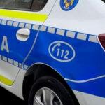Doi oameni au fost răniți într-un accident provocat de un şofer beat și fără permis. Bărbatul, prins după ce fugise de la locul faptei