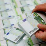 Acţionarii străini au injectat peste 52 de milioane de euro în firmele de pe piaţa financiară în martie