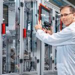Huf Romania a sărbătorit extinderea fabricii și aniversarea a 15 ani de activitate în Arad